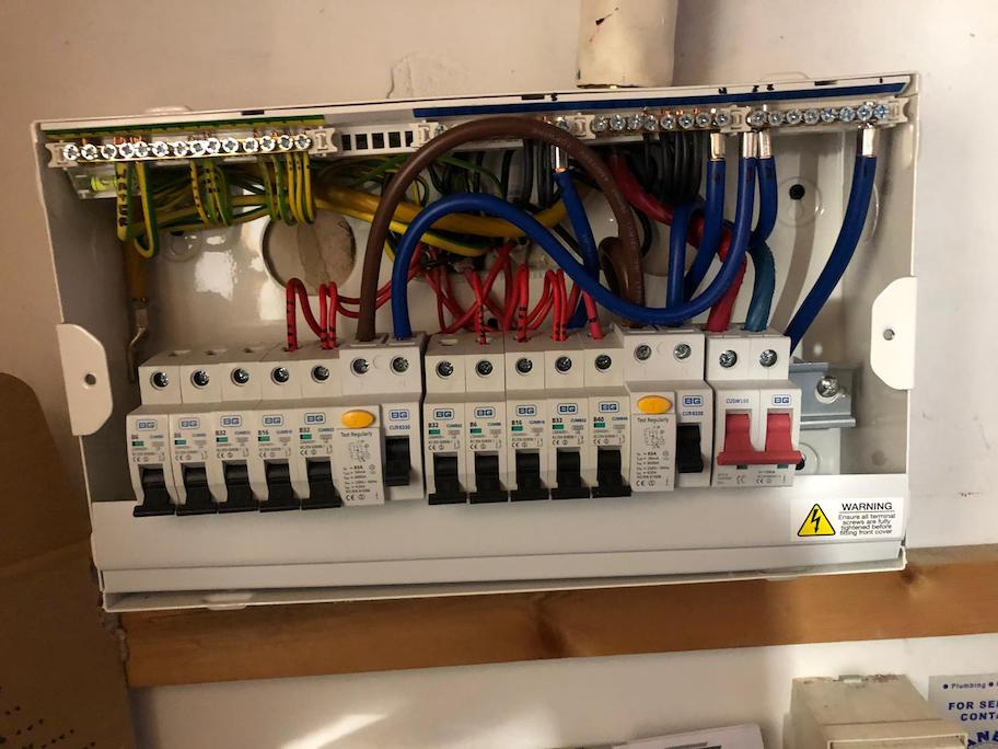 after - Mirror Light Repair & Old Fuseboard Replacement with New 16 Way Dual RCD Consumer Unit in London